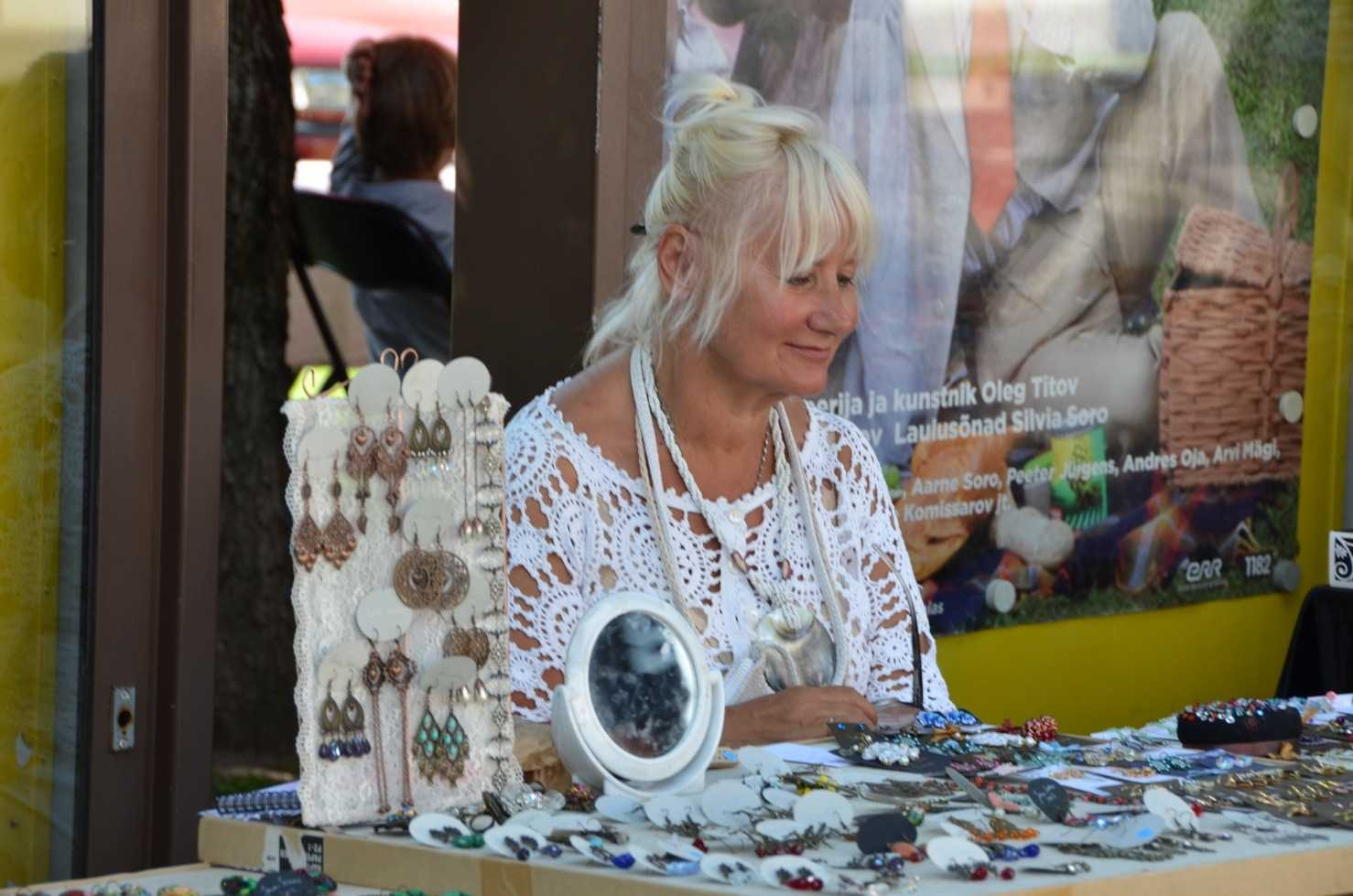 Viljandi'deki pazarda stant açan bir bayan…