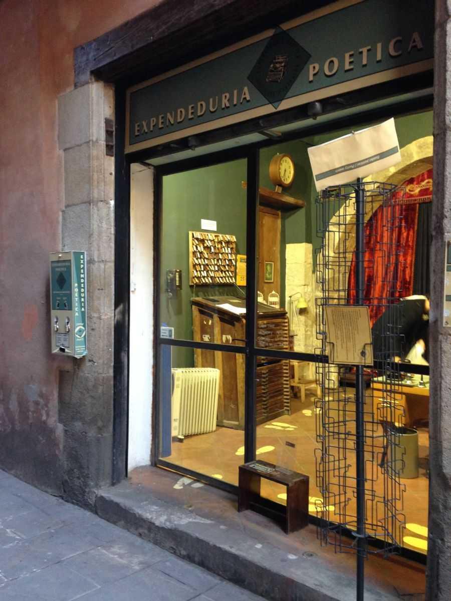 El Gotic'de şiir dükkanı
