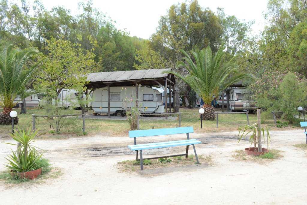 Fteroti - Kamp alanı