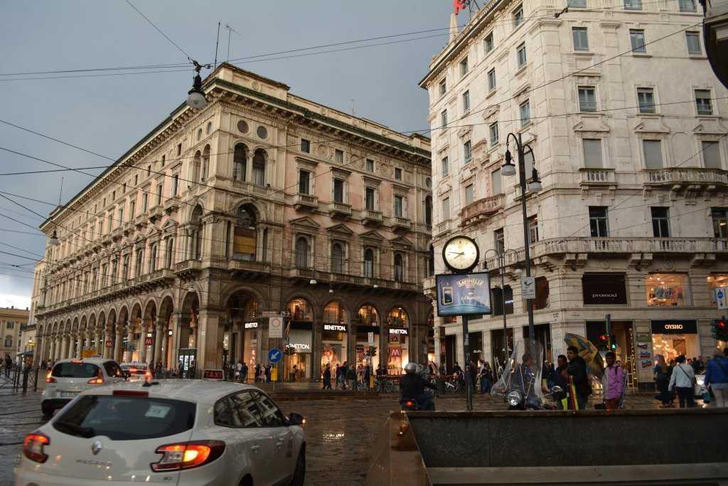 Corso Italia caddesinin girişi