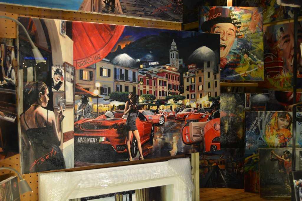 Navigli'de dükkanlarda gördüğümüz nefis tablo ve resimler