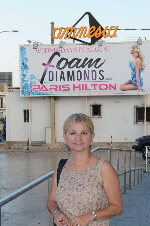 Paris Hilton Amnesia'da...