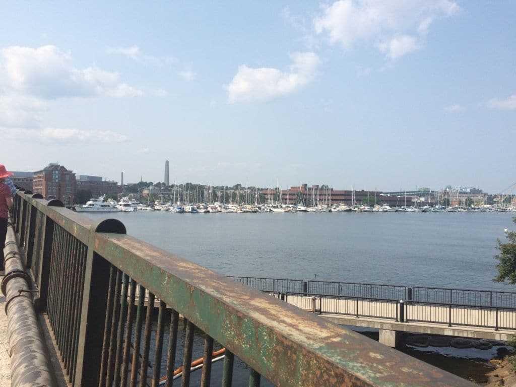 Charlestown Köprüsü