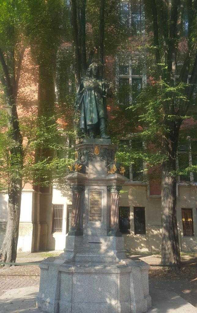 Nicolaus Copernicus Statue -Jagiellonian University