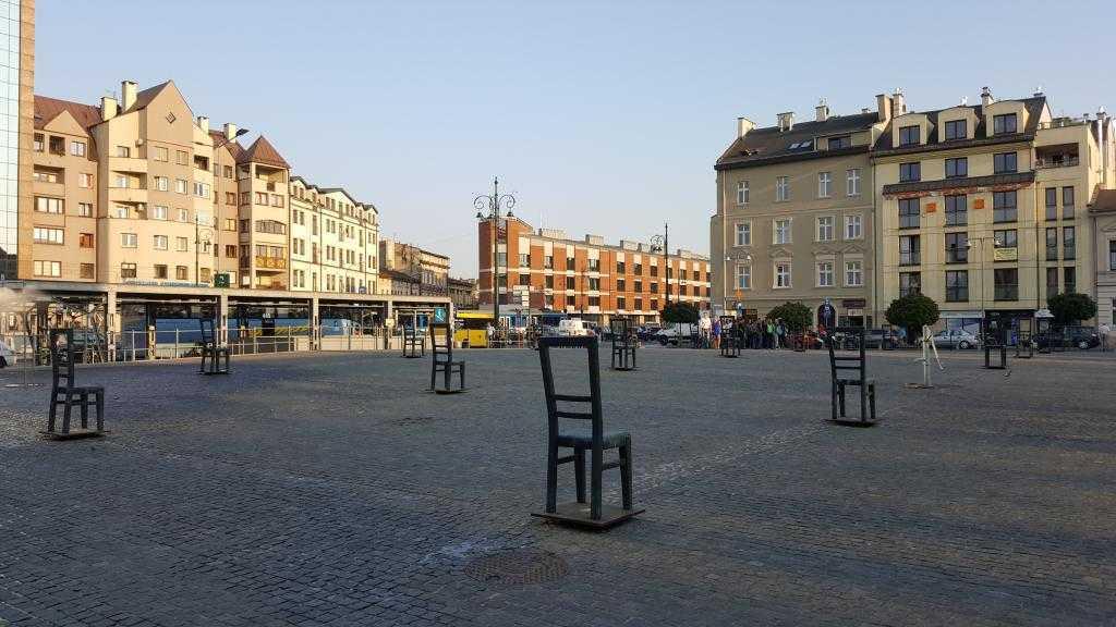 Heroes Square, Krakow