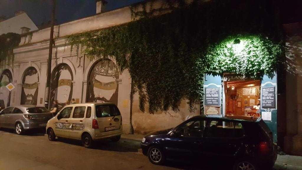 Józefa Caddesi - Piotr Janowczyk tarafından yapılmış muraller