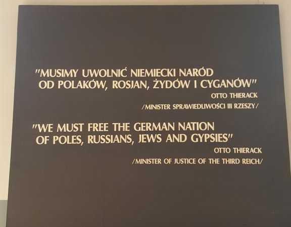 """""""Alman Ulusunu Polonyalı, Rus, Yahudi ve Çingenelerden arındırmalıyız"""" - Otto Thierack (Adalet Bakanı)"""