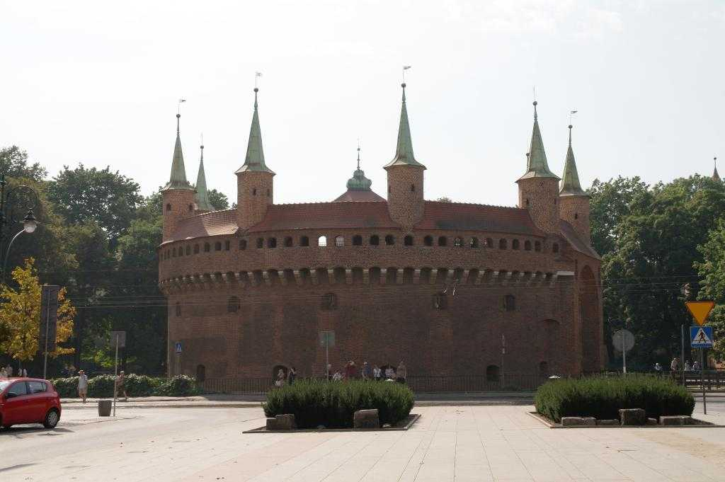 Krakow Barbican (Gözetleme Kulesi)