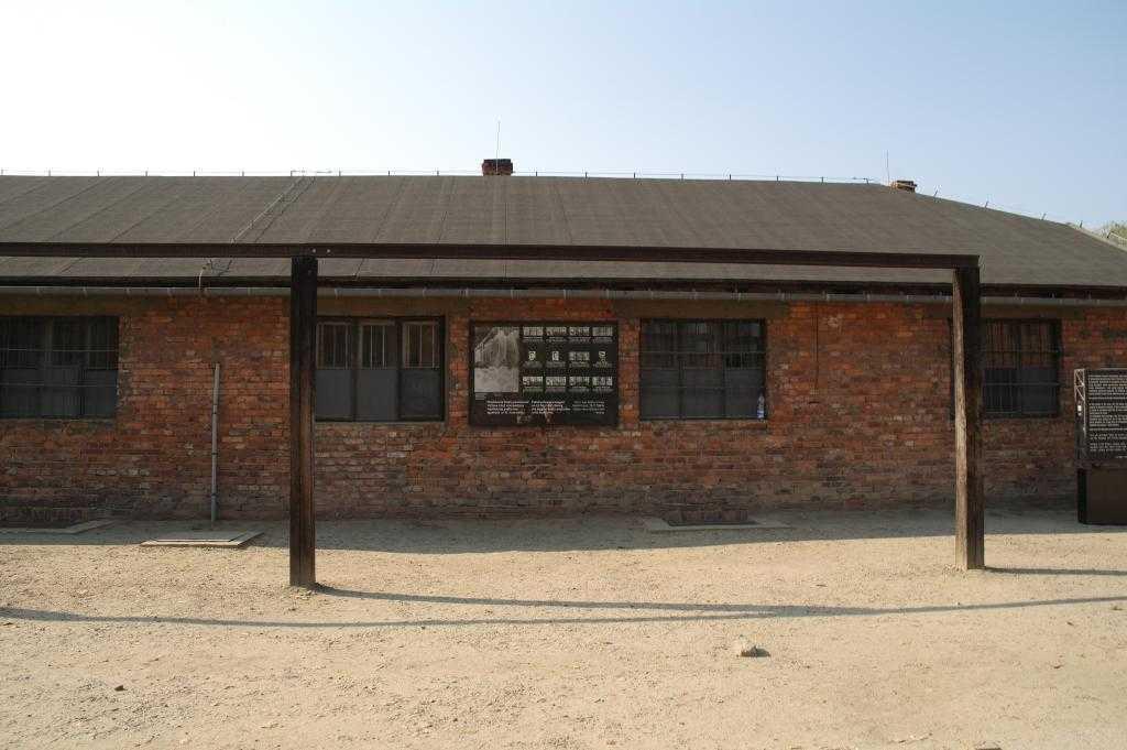 Kamp içerisindeki toplu infaz noktalarından biri